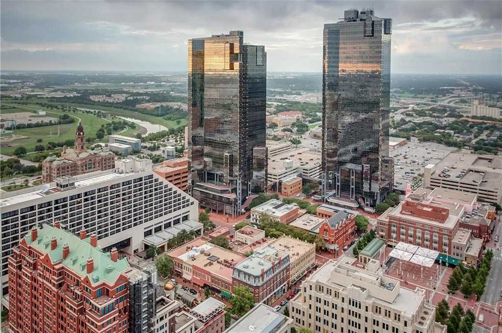 $949,000 - 3Br/3Ba -  for Sale in Tower Residential Condo I, Fort Worth