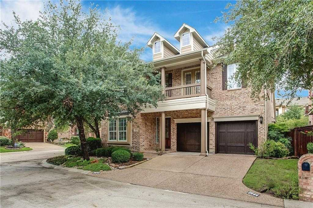 $525,000 - 4Br/4Ba -  for Sale in River Park Place, Fort Worth