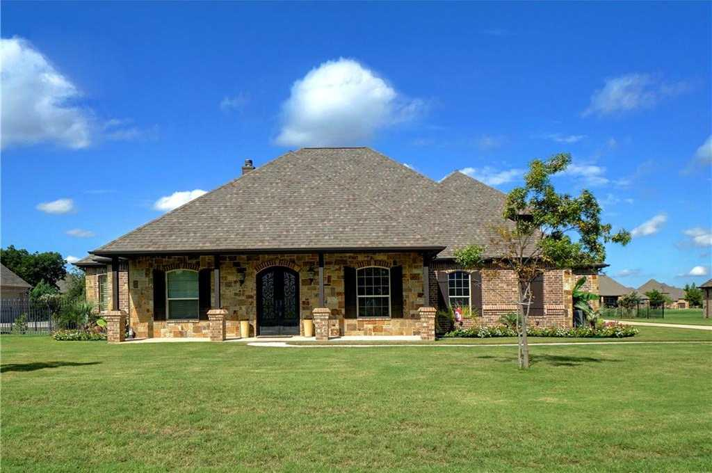 $650,000 - 4Br/4Ba -  for Sale in Orchards The, Fort Worth