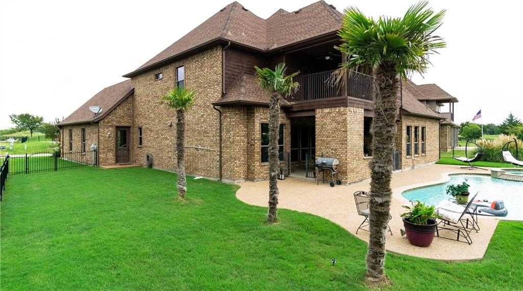 $489,000 - 4Br/4Ba -  for Sale in Resort On Eagle Mountain Lake, Fort Worth