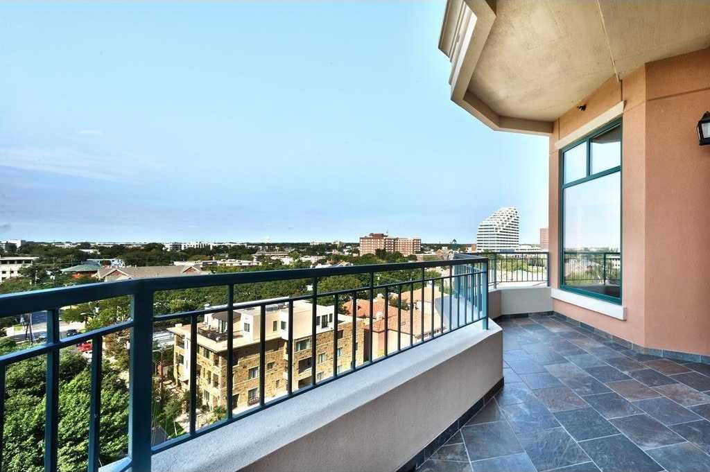 $660,000 - 2Br/3Ba -  for Sale in Plaza At Turtle Creek Residence Ph, Dallas