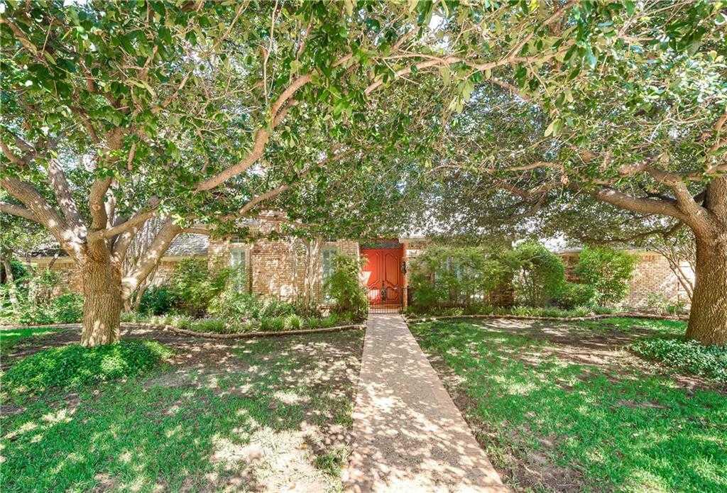 $424,000 - 4Br/4Ba -  for Sale in Brookwood Hills, Bedford