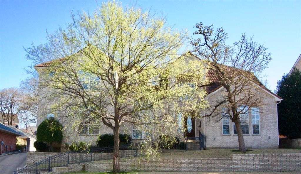 $374,900 - 5Br/5Ba -  for Sale in Trail Lake Estates Add, Euless