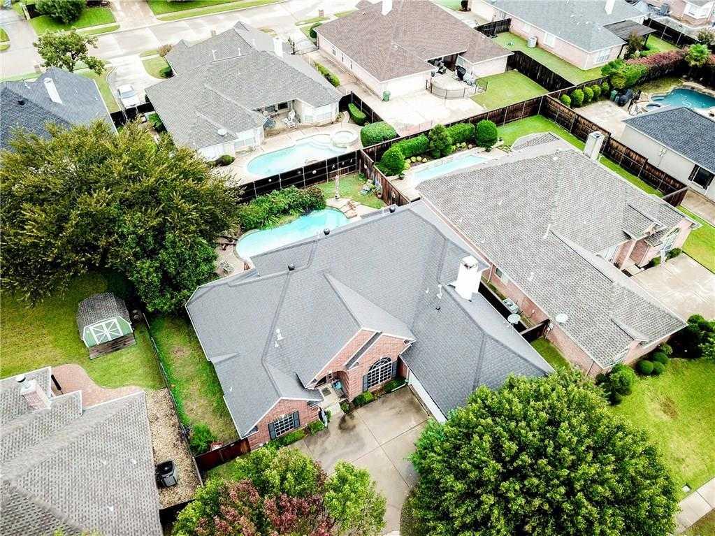 $340,000 - 3Br/3Ba -  for Sale in Forest Glenn Add, North Richland Hills