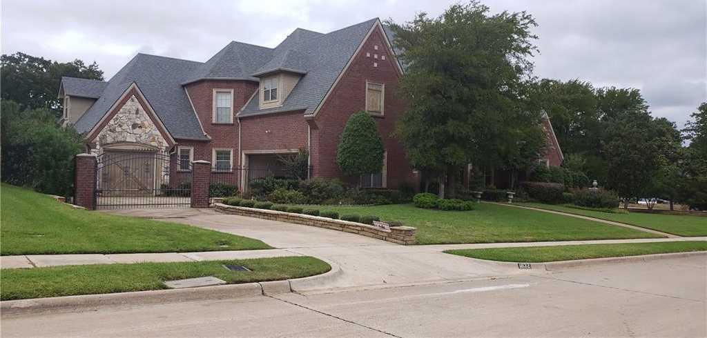 $784,000 - 5Br/6Ba -  for Sale in Oakmont Hills Add, Keller