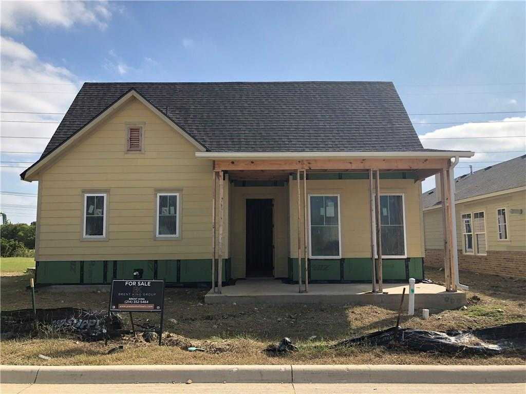 $497,000 - 3Br/3Ba -  for Sale in Villas Hometown, North Richland Hills