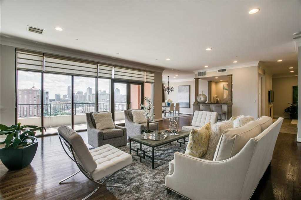 $1,150,000 - 2Br/3Ba -  for Sale in Plaza At Turtle Creek Res Ph2, Dallas