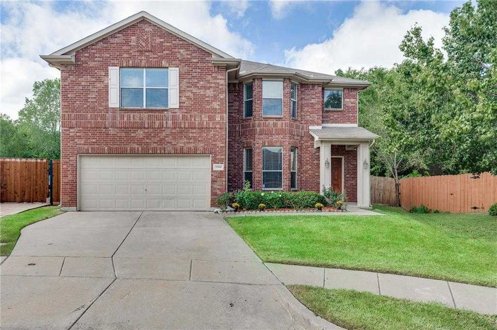 $299,900 - 5Br/3Ba -  for Sale in Lakeview North Add, Fort Worth