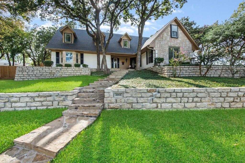 $425,000 - 5Br/4Ba -  for Sale in Cross Bend Add, Arlington