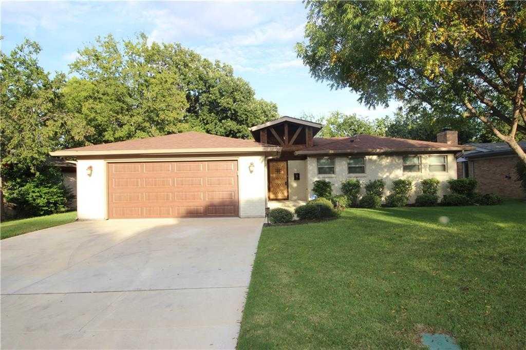 $399,900 - 3Br/3Ba -  for Sale in Blue Bonnett, Fort Worth