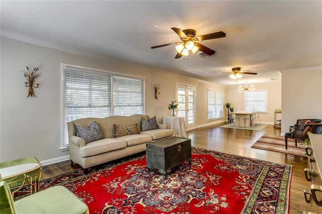 $375,000 - 3Br/2Ba -  for Sale in Westcliff Add, Fort Worth
