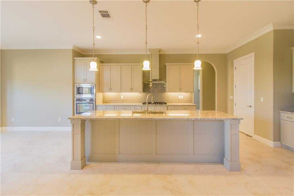$465,000 - 4Br/4Ba -  for Sale in Highland Ridge Add, Arlington