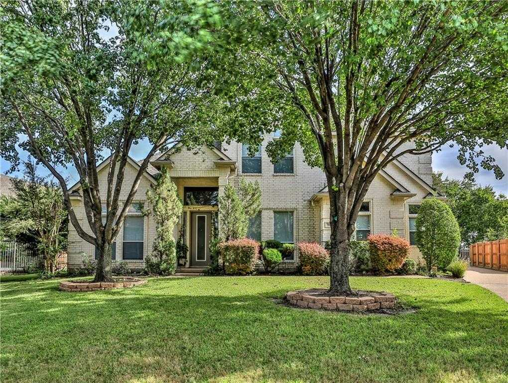 $399,900 - 4Br/4Ba -  for Sale in Briercliff Estates Add, Fort Worth
