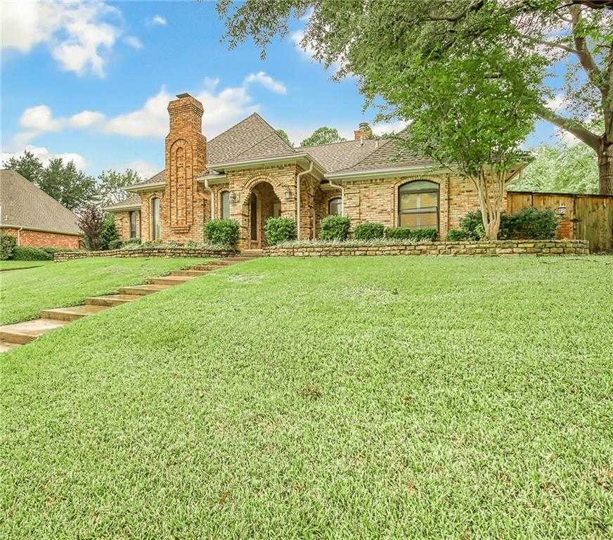 $425,000 - 4Br/3Ba -  for Sale in Tara Plantation Add, Colleyville