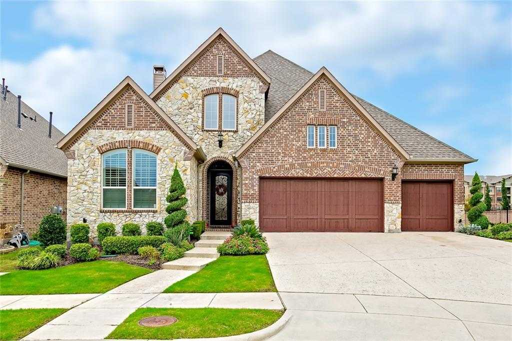 $599,900 - 4Br/3Ba -  for Sale in Mustang Park Ph Five, Carrollton