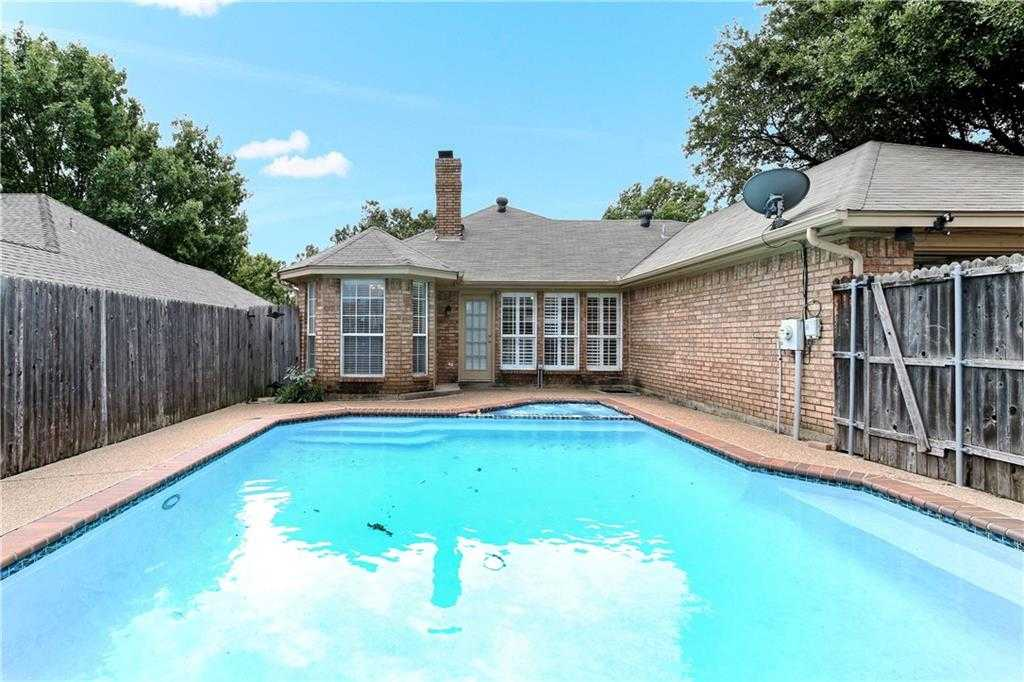 $265,000 - 3Br/2Ba -  for Sale in Oak Hollow Add, Euless