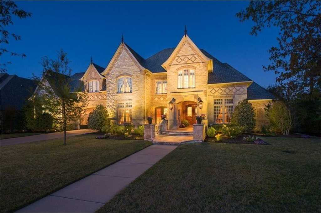 $1,195,000 - 4Br/5Ba -  for Sale in Westmont Add, Colleyville