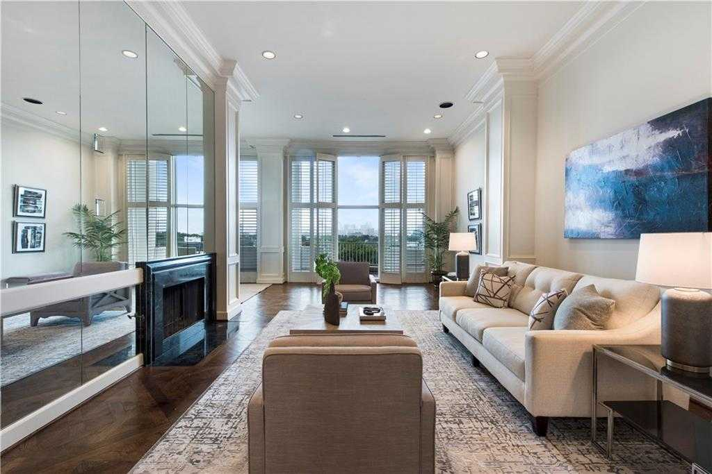 $810,000 - 2Br/3Ba -  for Sale in Park Plaza Condo, Highland Park