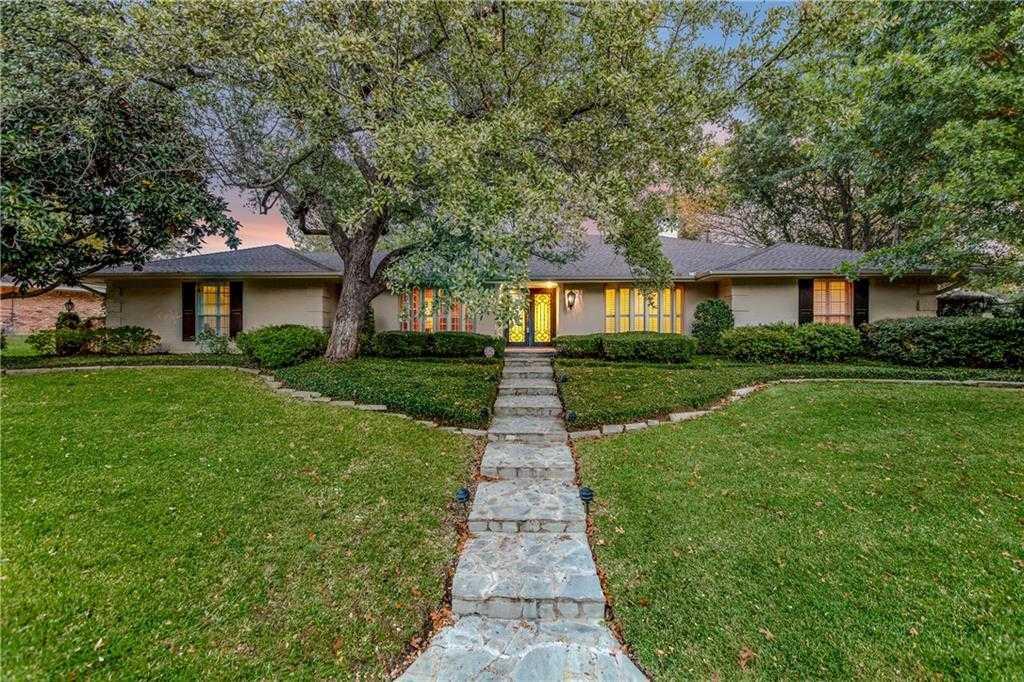 $449,900 - 4Br/4Ba -  for Sale in Shady Valley Estates, Arlington