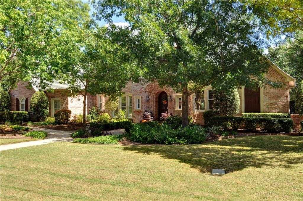 $929,000 - 4Br/4Ba -  for Sale in Mira Vista Add, Fort Worth