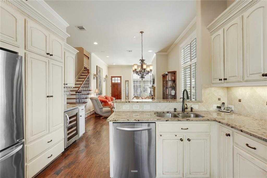 $419,000 - 4Br/4Ba -  for Sale in Villas At Lake Vista Ph 1, Coppell