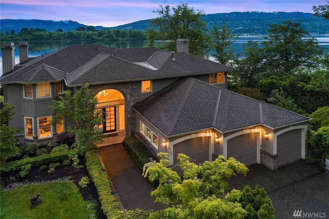 $3,480,000 - 4Br/4Ba -  for Sale in Lake Sammamish, Sammamish
