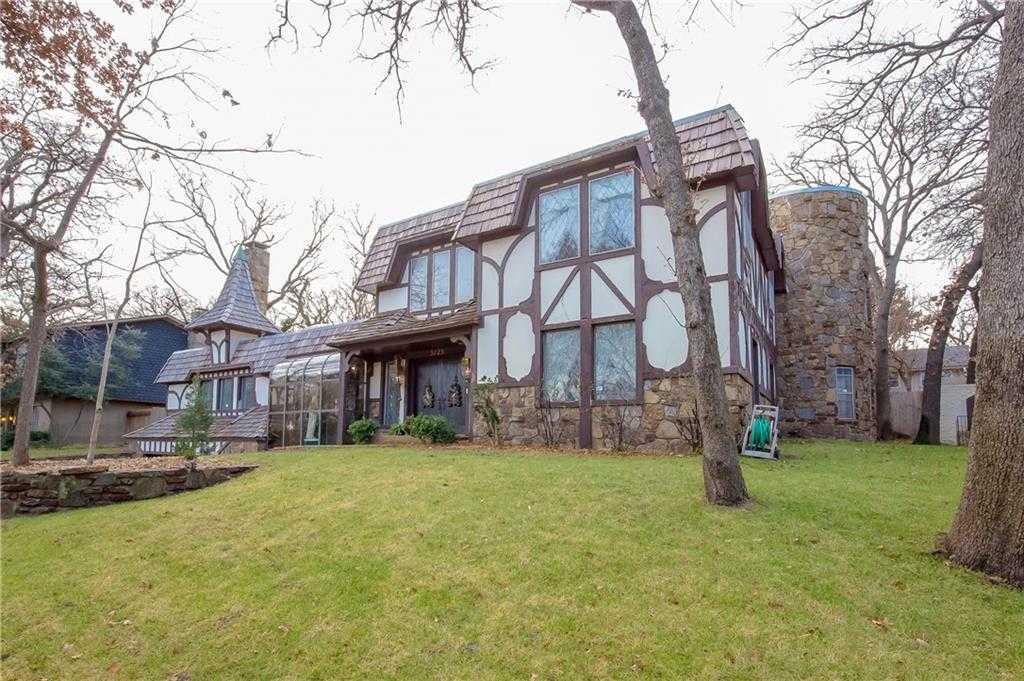 $325,000 - 4Br/5Ba -  for Sale in Rockwell Oaks, Bethany