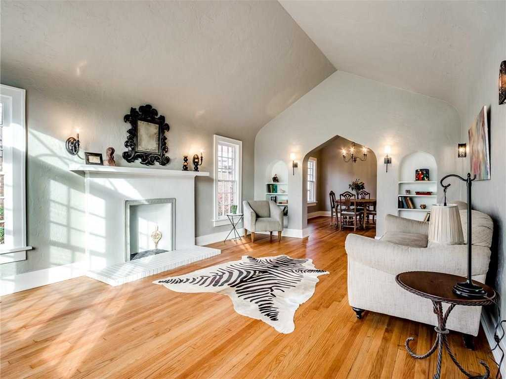 $329,500 - 3Br/2Ba -  for Sale in Edgemere Park Add, Oklahoma City