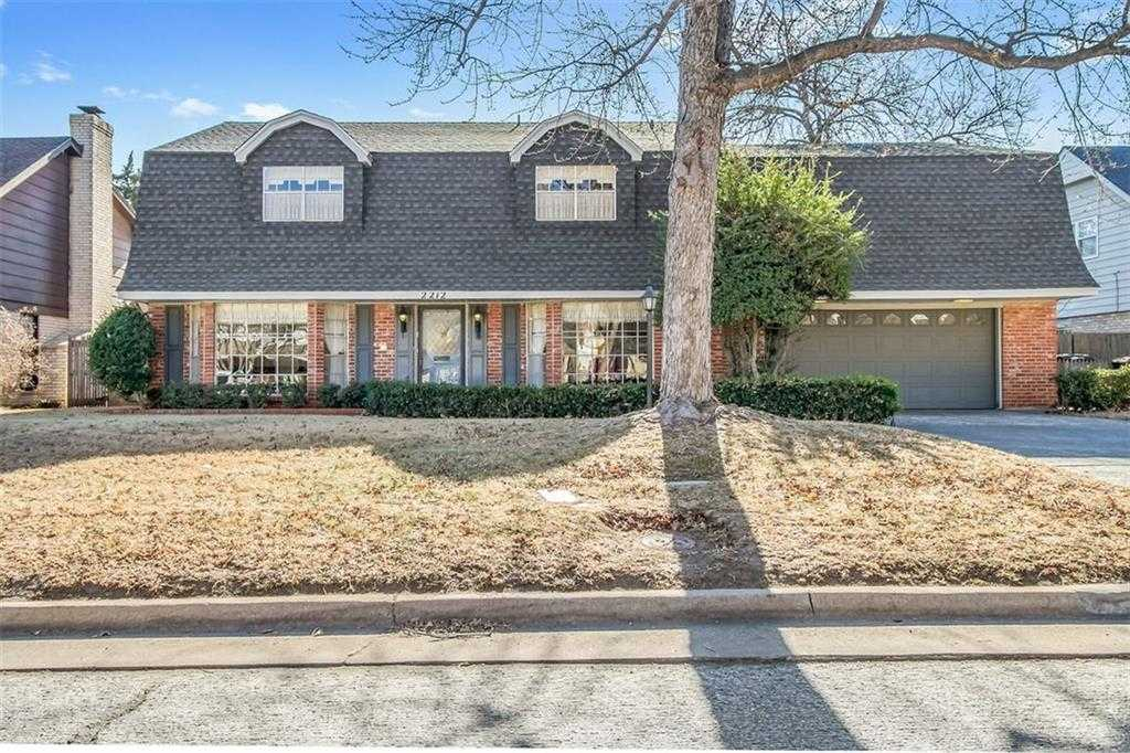 $325,000 - 4Br/3Ba -  for Sale in Roberts Penwood, Oklahoma City