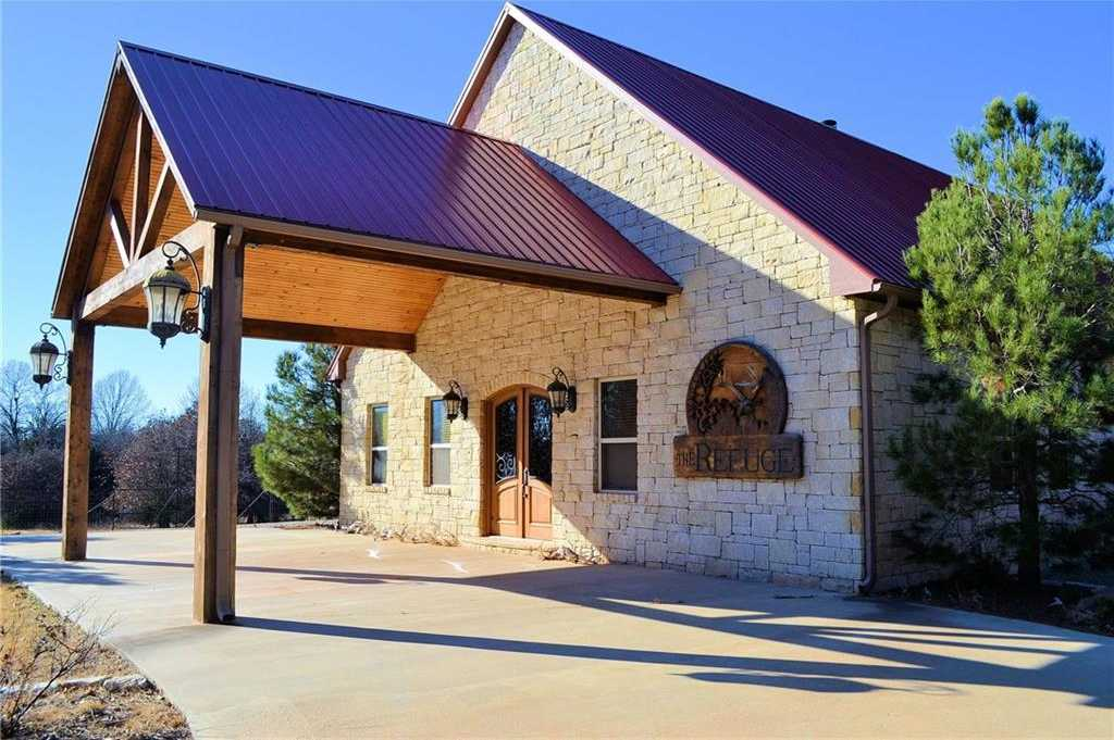 $3,000,000 - 9Br/6Ba -  for Sale in Wellston