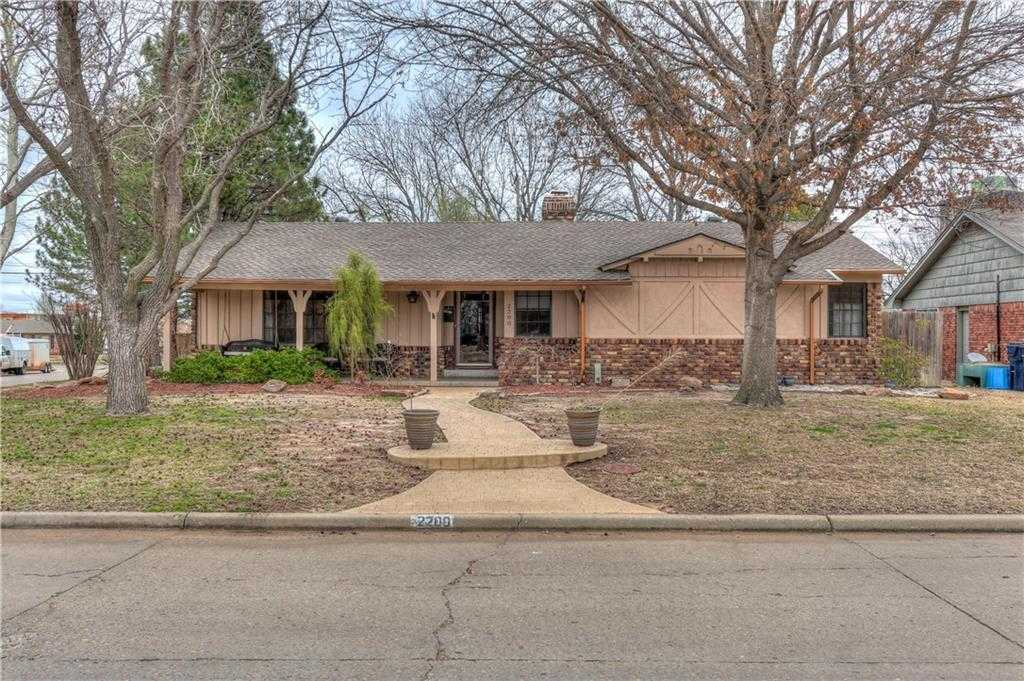 $295,000 - 3Br/2Ba -  for Sale in Wileman's Belle Isle, Oklahoma City