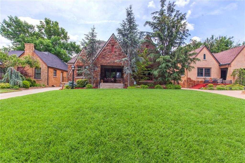 $439,500 - 3Br/2Ba -  for Sale in Crown Heights Add, Oklahoma City