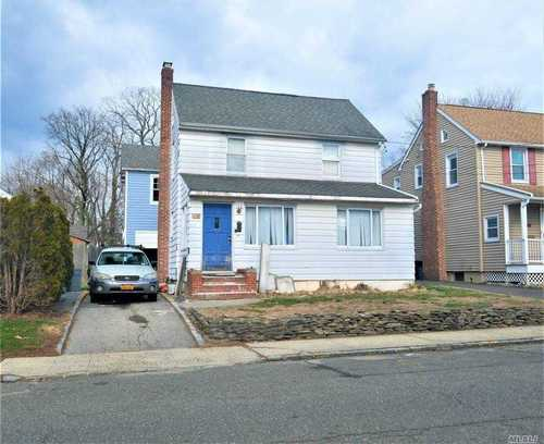 $524,900 - 0Br/1Ba -  for Sale in Roslyn Heights