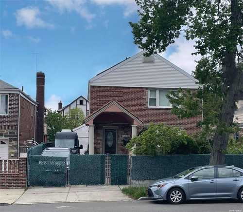 $1,328,000 - 4Br/3Ba -  for Sale in Briarwood