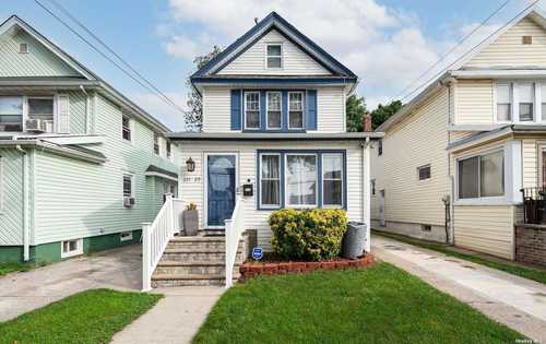 $719,000 - 3Br/2Ba -  for Sale in Queens Village
