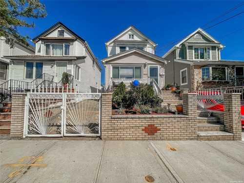 $749,000 - 3Br/3Ba -  for Sale in Queens Village