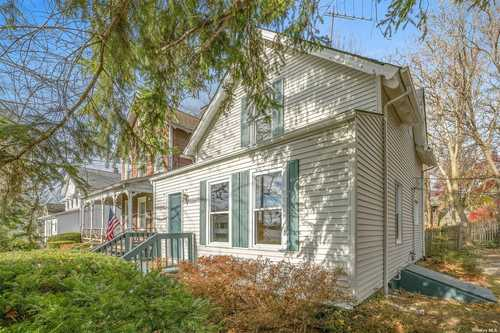 $435,000 - 2Br/2Ba -  for Sale in Mount Pleasant