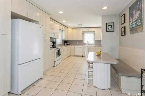 $649,000 - 3Br/2Ba -  for Sale in East Meadow