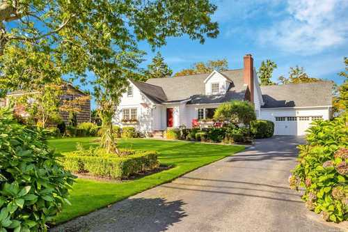 $875,000 - 4Br/4Ba -  for Sale in Bayport