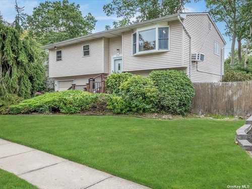 $610,000 - 5Br/3Ba -  for Sale in Richmond Estates, Dix Hills