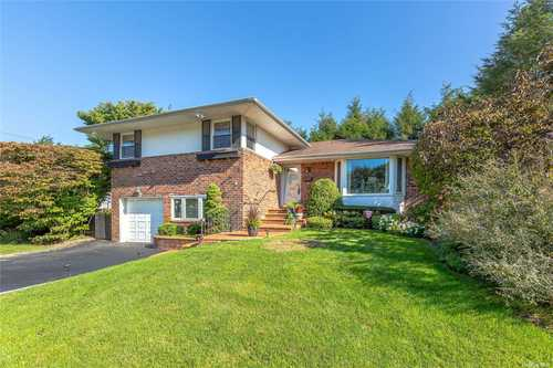 $1,128,000 - 4Br/3Ba -  for Sale in Jericho
