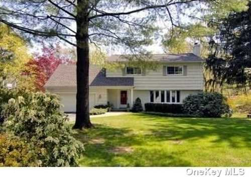 $1,000,000 - 5Br/4Ba -  for Sale in North Castle
