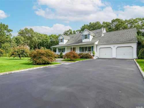 $699,000 - 3Br/3Ba -  for Sale in Riverhead