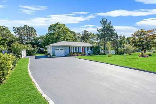 $539,000 - 3Br/2Ba -  for Sale in Holtsville