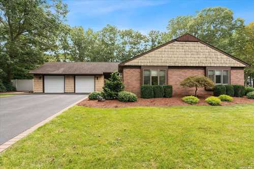 $549,900 - 4Br/2Ba -  for Sale in Mt. Sinai