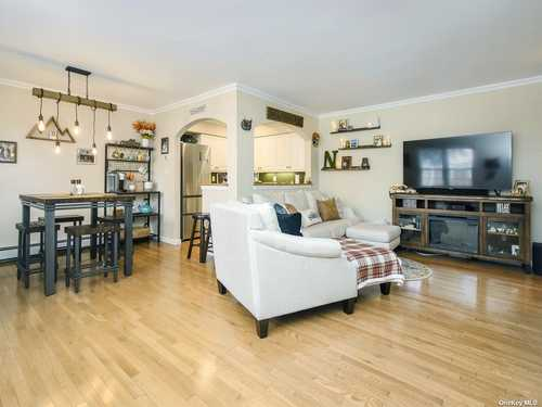 $269,000 - 1Br/1Ba -  for Sale in Top Of The Harbor, Oyster Bay