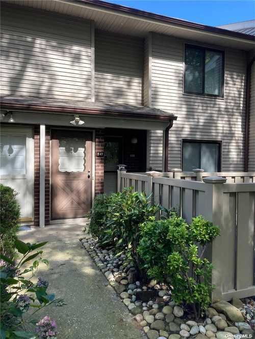 $299,000 - 2Br/1Ba -  for Sale in Bretton Woods, Coram