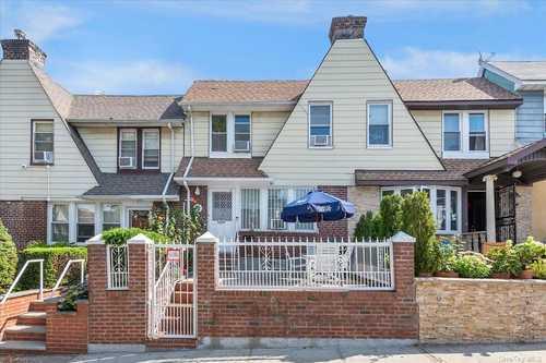 $850,000 - 4Br/2Ba -  for Sale in E. Elmhurst