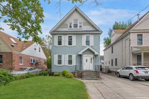 $1,258,000 - 4Br/3Ba -  for Sale in Bayside