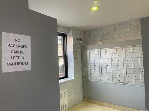$459,000 - 3Br/1Ba -  for Sale in Anita Terrace, Rego Park